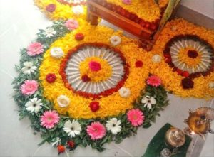 small-rangoli-designs-with-flowers
