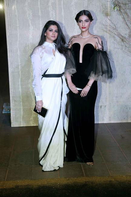 rhea-kapoor-and-sonam-kapoor_gallery_large