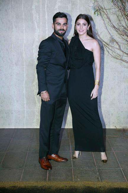 virat-kohli-and-anushka-sharma_gallery_large